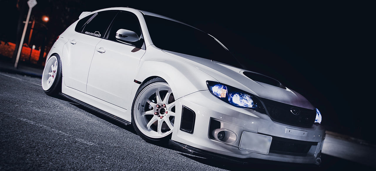 white-custom-rims